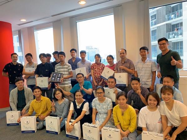 old/image_slide_company_i-enter Asia
