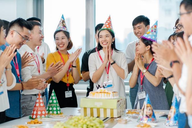 old/image_slide_company_Toshiba Software Development (Viet Nam) Co, Ltd